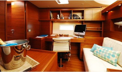 FiftyFifty II Charter Yacht - 7