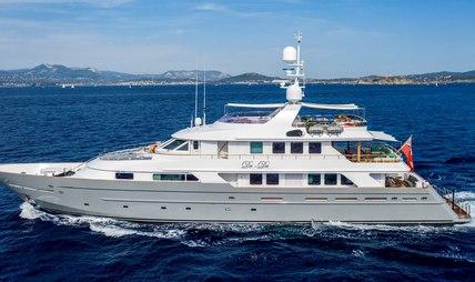 De De Charter Yacht