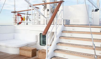 Mata Mua Charter Yacht - 4