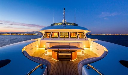 Holiday Charter Yacht - 5