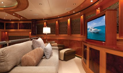 Impromptu Charter Yacht - 8