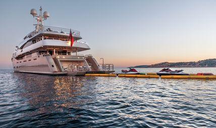 Light Holic Charter Yacht - 5
