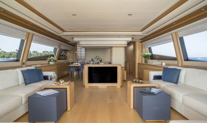 Porthos Sans Abri Charter Yacht - 7