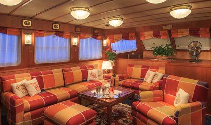Play Fellow Charter Yacht - 6