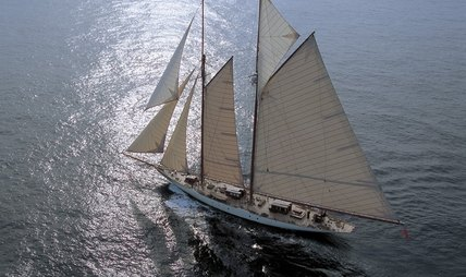 Invader Charter Yacht - 3