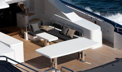 Quantum Charter Yacht - 6