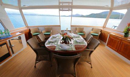 Bahama Charter Yacht - 4