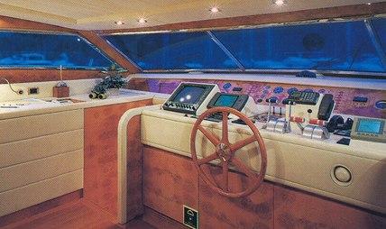 African Queen D Charter Yacht - 5