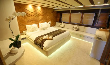 Lamima Charter Yacht - 8