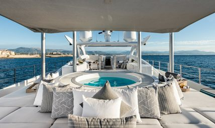 Her Destiny Charter Yacht - 3