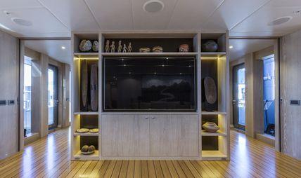 Akiko Charter Yacht - 3