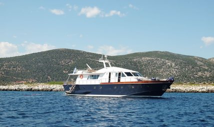 Electra Charter Yacht