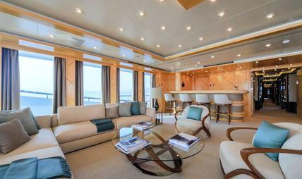 Luna B Charter Yacht - 7
