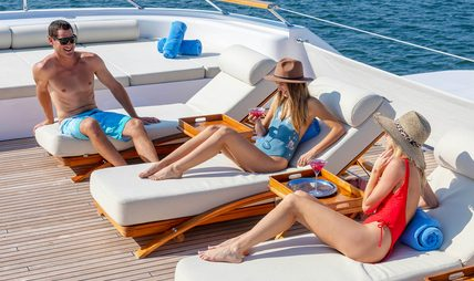 Laurel Charter Yacht - 3