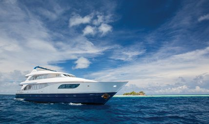 Honors Legacy Charter Yacht