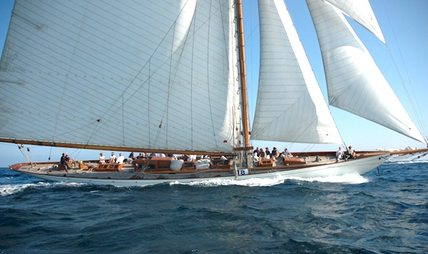 Moonbeam IV Charter Yacht - 7