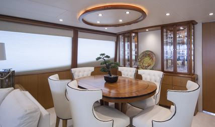 Living the Dream Charter Yacht - 7