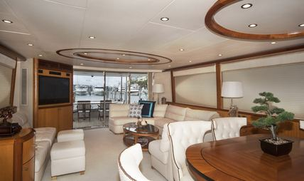 Living the Dream Charter Yacht - 5