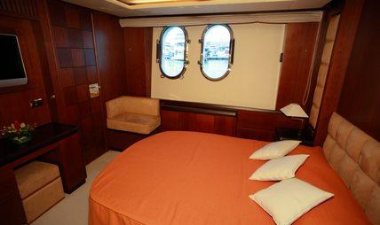 Hye Seas II Charter Yacht - 8