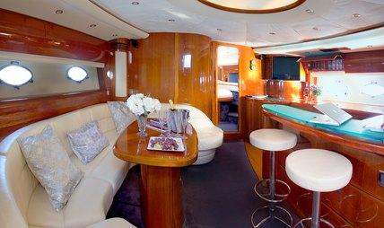 Manzana Charter Yacht - 8