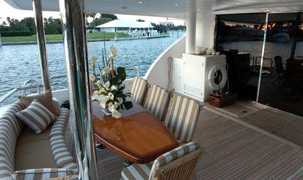 Lady Deanne V Charter Yacht - 2