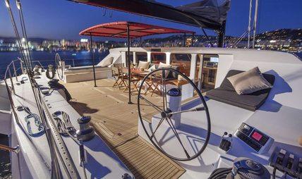 Taj Charter Yacht - 3
