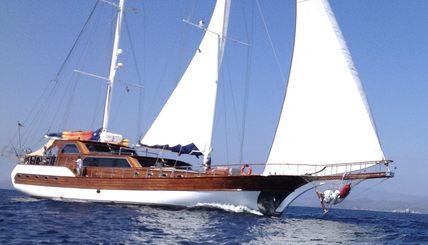 Besame Mucho Charter Yacht
