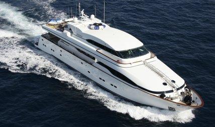 Wheels I Charter Yacht