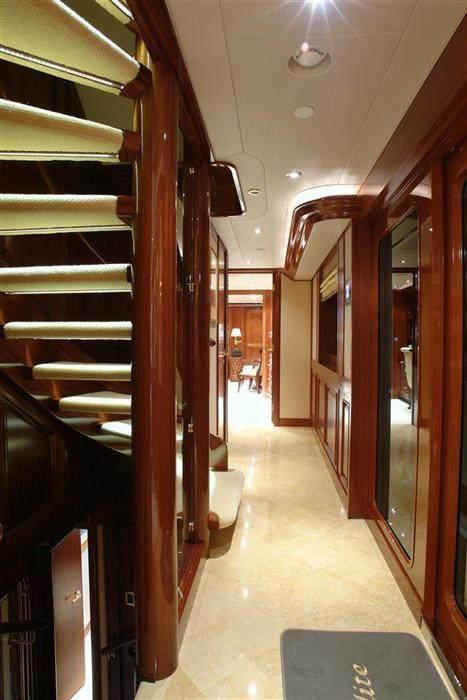 ... Aphrodite Yacht ...
