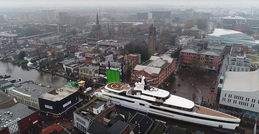 VIDEO: Feadship transports 93m charter yacht 'Lady S'