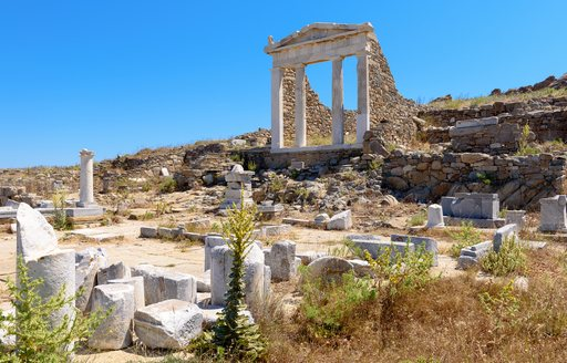 Town of Delos temple and ruins