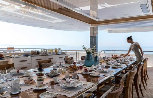 Inside Beyonce and Jay-Z's €1.7 mil p/ week charter yacht LANA photo 14