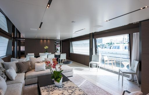 motor yacht gioia interiors