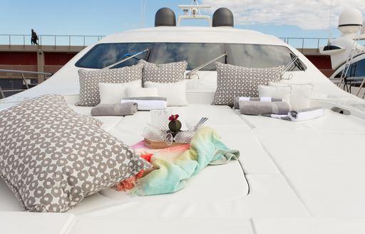 Sunpads onboard motor yacht FIVE STARS
