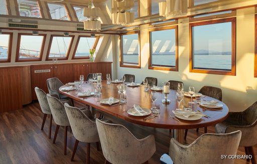 Formal dining onboard SY Corsario