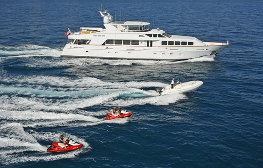 bahamas superyacht