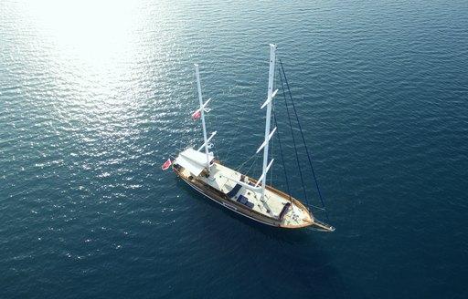 luxury gulet Queen of Dacta cruising in Turkish waters on charter