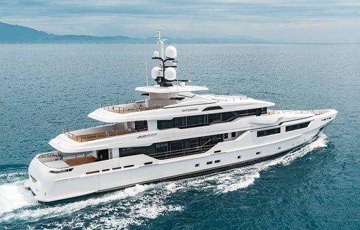 eco-friendly charter yacht ENTOURAGE