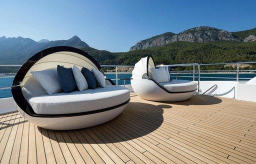 clam shells on upper deck of charter yacht RUYA