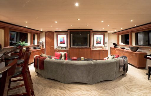 Superyacht 'Nicole Evelyn' available for New Year's Eve charter in the Bahamas photo 6