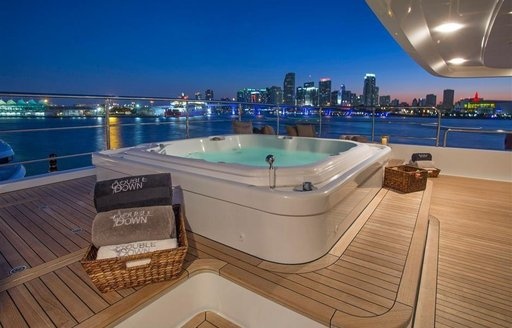 The Jacuzzi on board superyacht Double Down