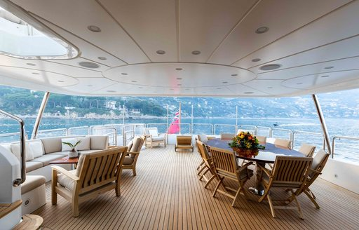 Motor yacht AHIDA 2 alfresco dining area