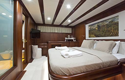 Master stateroom on board sailing yacht REGINA
