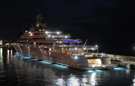 Superyachts Flock to St Barts For New Year's Eve 2016 photo 3