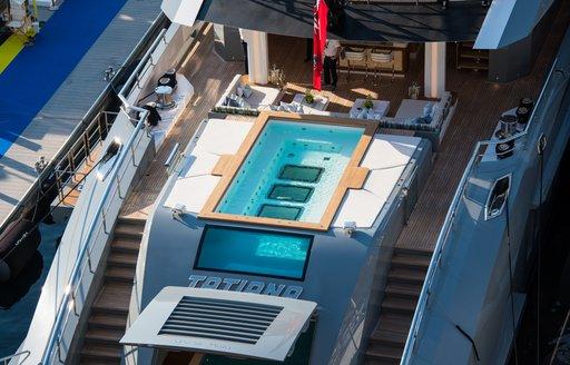Aft deck pool onboard MY Tatiana