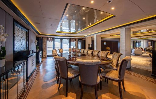 Formal dining onboard MY Valerie