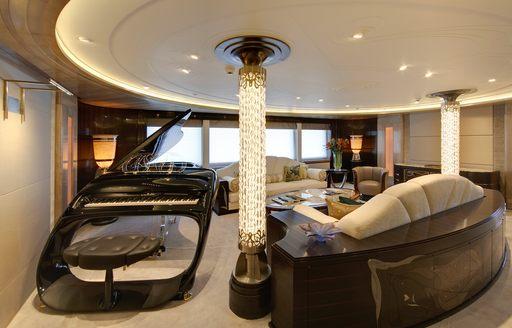 light pillar in piano lounge on board amaryllis superyacht