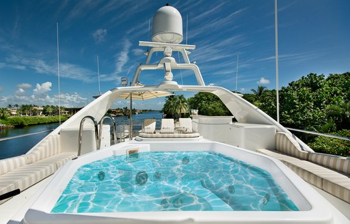 Benetti superyacht SIETE to charter in the Bahamas over the holidays photo 5