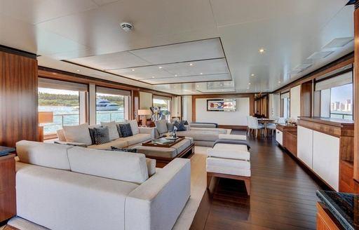 The main salon of luxury yacht DREW