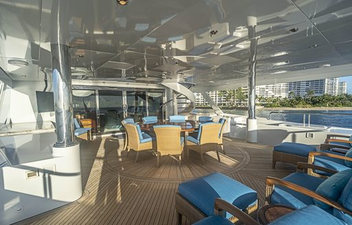 Motor yacht never enough alfresco dining areas